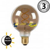Globe LED lamp 95mm met dag/nacht schemersensor 4W (=40W) E27